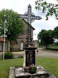 Croix- Monument aux morts – Bach
