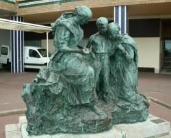 Monument aux docteurs Perrochaud et Cazin (groupe) – Esplanade Parmentier – Berck-Plage