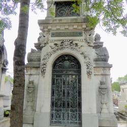 Chapelle sépulcrale de la famille de Ycaza – Cimetière du Père-Lachaise – Paris (75020)