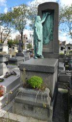Pleureuse de la tombe Schweitzer-Ruault – Cimetière du père Lachaise – Paris (75020)
