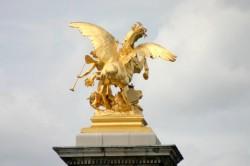 Renommée (les Beaux-Arts) – Pont Alexandre III – Paris (75008)