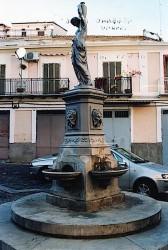 Fontaine à la jeune fille – Rossano