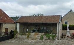 Fontaine – Saint-Loup-sur-Aujon (Volée)