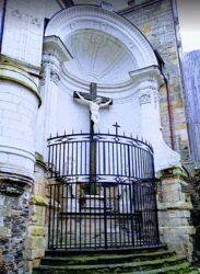 Christ en croix – Cathédrale Saint-Maurice – Angers