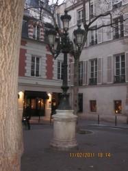 Candélabre  – Place de Furstenberg – Paris (75006)