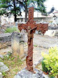 Croix plate à l'ange agenouillé (3) – Cimetière de la Ville – Cahors