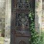 Portes de chapelles sépulcrales - Division 17 - Cimetière du Père Lachaise - Paris (75020) - Image8