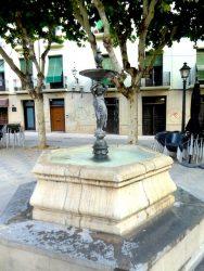 Fontaine – Fuente – Plaza San Pedro – Huesca