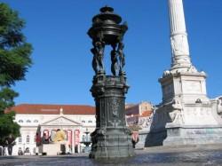 Fontaine à boire – Fonte dos Anjinhos – Rossio – Lisboa –  Lisbonne