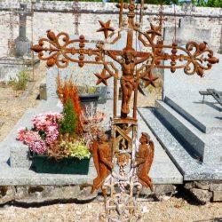 croix de tombe céré la ronde