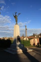 Monument aux morts – Place de l'Eglise – Latronquière