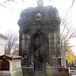 Chapelle sépulcrale de la famille Ebrard – Cimetière du Père-Lachaise – Paris (75020)