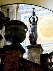 Statue torchère 1 – Palacio Municipal – La Plata