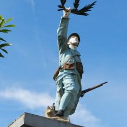 Poilu victorieux – Monuments aux morts – Boursies