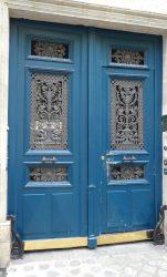 Portes, balcons, chasse-roues de la rue Tronchet – Paris (75008)