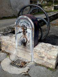 Borne-fontaine – Pompe à godets – Limogne-en Quercy