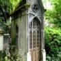 Portes de chapelles sépulcrales - Division 17 - Cimetière du Père Lachaise - Paris (75020) - Image19