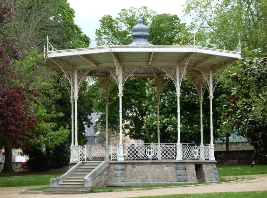 Kiosque Jardin Commandant Billot Guingamp