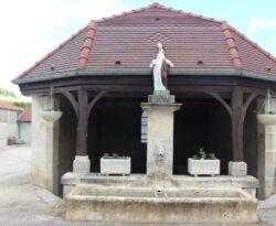 Vierge de la fontaine-Lavoir Sainte Affre – Voigny