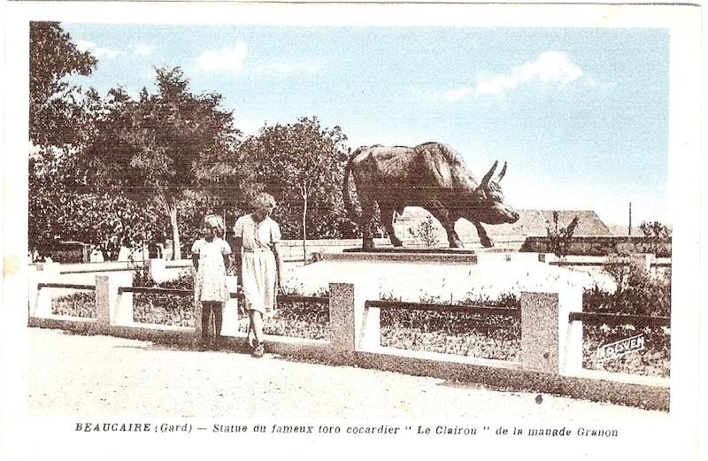 Monument au Taureau « le Clairon » (Fondu) – Beaucaire 6f9f0d1be36