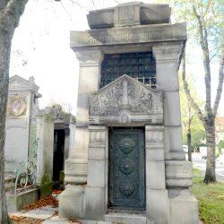 Portes de chapelles sépulcrales (1) – Division 82 – Cimetière du Père Lachaise – Paris (75020)