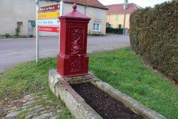 Borne-fontaine – Goncourt