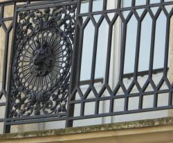 Balcons et heurtoir – Bayonne