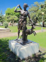 Statue de Diane à la biche – Plaza Mitre – Mar del Plata