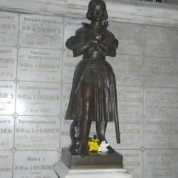 Monument à Jeanne d'Arc – église St-Etienne – Fécamp