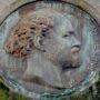Médaillon de Jules Janssen - Cimetière du Père Lachaise - Paris (75020) - Image2