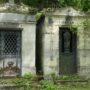 Portes de chapelles sépulcrales  - Division 18 - Cimetière du Père Lachaise - Paris (75020) - Image6