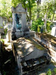 Ornements de la sépulture Dampt – Cimetière du Père-Lachaise – Paris (75020)