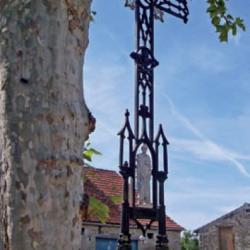 Croix de chemin – Saint-Bonnet-de-Rochefort