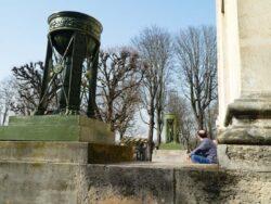 Pots à feu de la chapelle de l'Est (2) – – Cimetière du Père-Lachaise – Paris (75020)