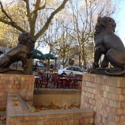paire de lions issoudun