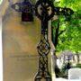 Corbeilles, ornements et croix - Division 70 - Cimetière du Père Lachaise - Paris (75020) - Image2