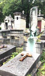 Ornements de la sépulture Sagnes – Cimetière du Père Lachaise – Paris (75020)