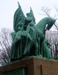 Monument à Alexandre Ier de Yougoslavie et Pierre Ier de Serbie – Paris (75016)
