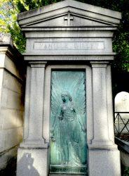 Portes de la chapelle de la famille Gillet – Cimetière du Père Lachaise – Paris (75020)