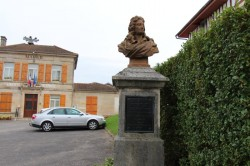 Buste  de César Pierre Richelet  – Cheminon