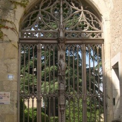 porte gothique chateau de montrésor