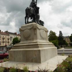 monument commemoratif guerres 1814 et 1870 Chalons sur saone