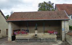 Fontaine – Giey-sur-Aujon (volée) (remplacée)
