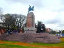 Monument au général Carlos de Alvear – Plaza Julio de Caro – Buenos Aires
