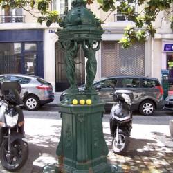Fontaine Wallace – Rue Jeanne-d'Arc – Paris (75013)