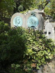 Médaillons de la sépulture Meurice (2) – Cimetière du Père Lachaise – Paris (75020)