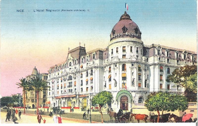 Statues décoratives – Hôtel Négresco (Fondu) – Nice