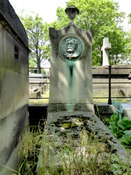 Sépulture d'Antoine Aigon – Cimetière du Père-Lachaise – Paris (75020)