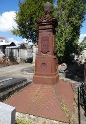 Sépulture de la famille Julhia – Cimetière de la ville – Cahors