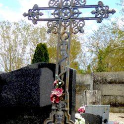 Croix de cimetière – Albias